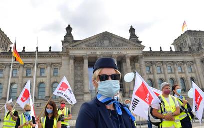 Niemcy uratują inne firmy, nie tylko Lufthansę