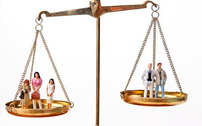 Czy dyspozycyjność pracownika może być kryterium doboru do zwolnień grupowych?