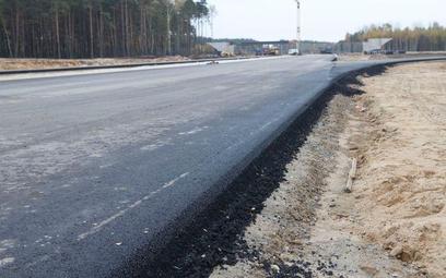 Rekordowo dużo, bo aż 25 firm i konsorcjów chce budować drogę ekspresową S8 od Ostrowa Mazowieckiego