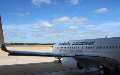 Ukraińskie linie lotnicze tną rozkład lotów
