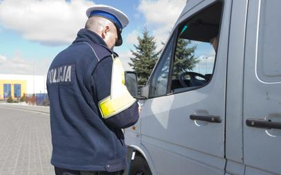 """Policyjna akcja """"Smog"""" zebrała wśród kierowców obfite żniwo"""