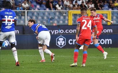 Piotr Zieliński strzela gola w meczu z Sampdorią Genua