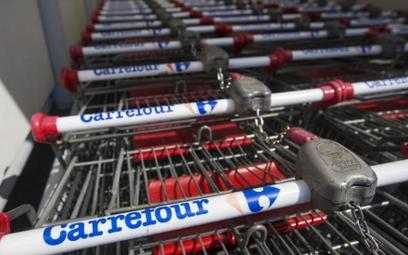 Carrefour nie daje wyboru pracownikom. Muszą pracować także w niedziele