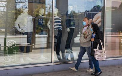 Bezrobocie nie rośnie, ale to nie koniec problemów na rynku pracy