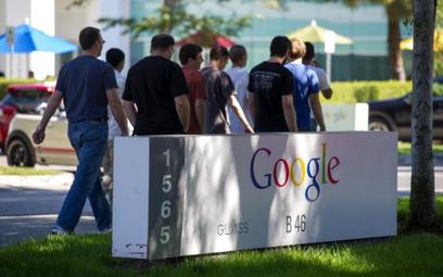 Google tnie płace pracujących z domu. Pracownicy wściekli