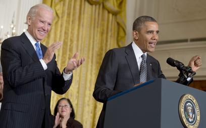 Prezydent USA Barack Obama i wiceprezydent Joe Biden wzywają Kongres do przeprowadzenia gruntownej r