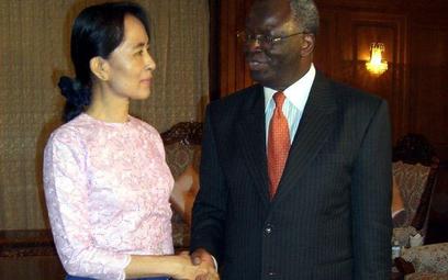 Birma: Aung San Suu Kyi gotowa rozmawiać z juntą
