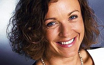 Anna Rulkiewicz-Kaczyńska, prezes Lux-Medu. Ukończyła Uniwersytet Mikołaja Kopernika w Toruniu i Uni