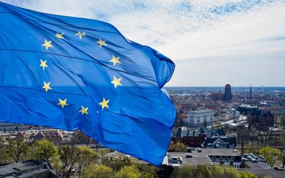 Członkostwo w UE nie opłaca się Polsce? Policzyliśmy