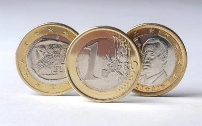 Euro już poniżej 4,12 zł