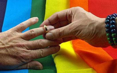Małżeństwo to wyłącznie związek mężczyzny i kobiety? Zdecyduje wynik referendum