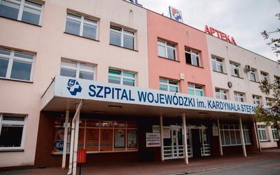 Szpital w Łomży nie jest już placówką jednoimienną. W drugim tygodniu czerwca część oddziałów wznowi