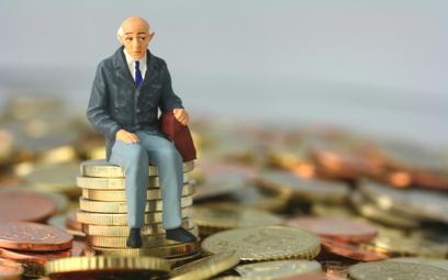 Emerytury: miliony emerytów mają zaniżone świadczenia z ZUS