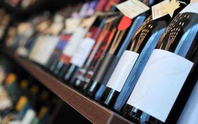 Pijemy więcej wina, także polskiego
