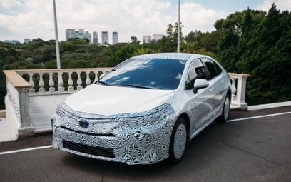 Toyota: nadciąga alkoholowa hybryda
