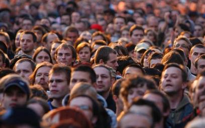 Istnieje już 18 mln kont w serwisach typu Nasza-Klasa czy Facebook założonych przez Polaków