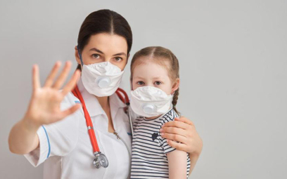 Koronawirus: przed skierowaniem lekarza do pracy wojewoda ma pytać o sytuację rodzinną