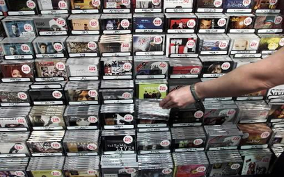 Rosyjski emigrant-miliarder chce kupić wytwórnię płytową