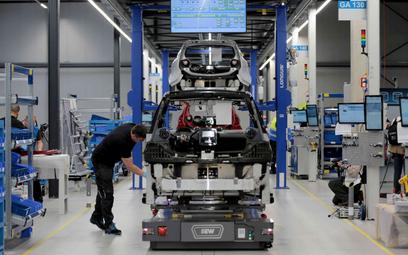 W niemieckim przemyśle motoryzacyjnym pracę może stracić nawet 100 tys. osób