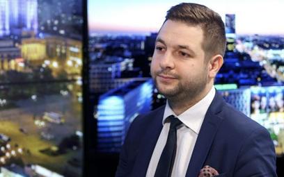 Bodnar: obywatele skarżą się na długotrwałe czynności sprawdzające Komisji Weryfikacyjnej
