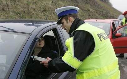 Koniec z policyjnymi pouczeniami? Będą tylko mandaty - petycja w Sejmie