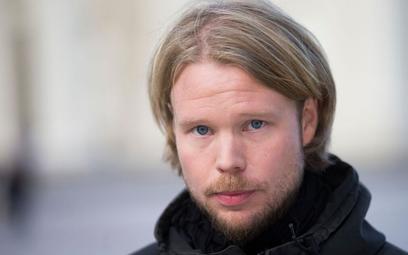 """""""2 noce do rana"""" Mikko Kuparinena: delikatna opowieść o samotności"""