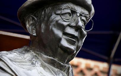 Pomnik ks. Witolda Andrzejewskiego odsłonięto w październiku 2018 roku