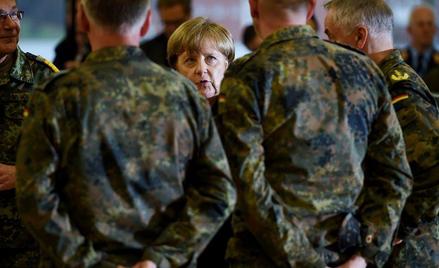 Kanclerz Angela Merkel w Leer, gdzie mieści się dowództwo oddziału medycznego sił szybkiego reagowan