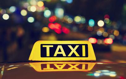 USA: Firma taksówkowa odmawia obsługi zaszczepionych klientów
