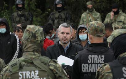 Poseł Lewicy Maciej Konieczny to jeden z kilku parlamentarzystów, którzy próbują pomóc uchodźcom koc