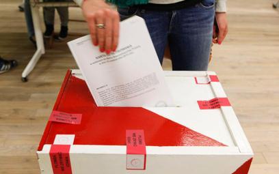 Krajowe Biuro Wyborcze straci informatyków?
