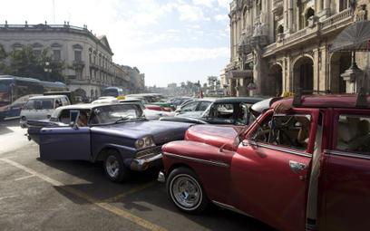 Kuba łagodzi prawo bankowe