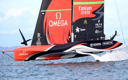 Emirates Team New Zealand płynie po zwycięstwo