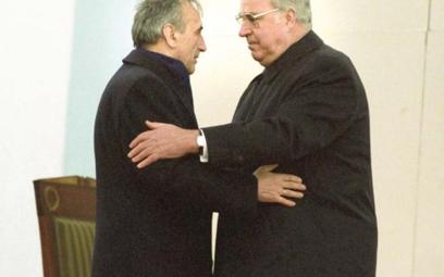 12 listopada 1989 r. w Krzyżowej polski premier Tadeusz Mazowiecki i kanclerz Republiki Federalnej N