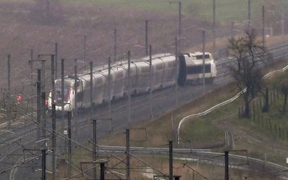 Francja – wykoleił się szybki pociąg TGV
