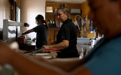 IGHP: W hotelach brakuje rąk do pracy, zwłaszcza kucharzy i kelnerów