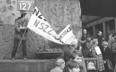 Rząd: wyższe minimalne emerytury i renty dla bohaterów opozycji z czasów PRL