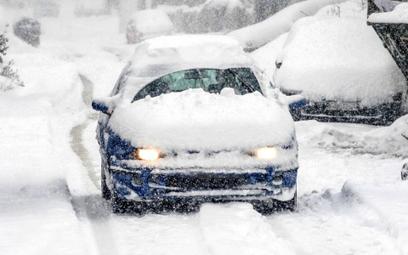 Mandaty za śnieg na samochodzie lub brudne szyby