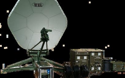 Przenośno-przewoźny terminal satelitarny PPTS. Fot. WZŁ nr 1.