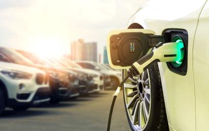 Ruszają dopłaty do aut elektrycznych
