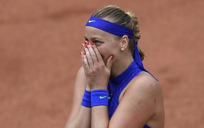 French Open - zwycięski powrót Kvitovej po zranieniu w napadzie