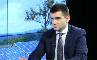 #RZECZoBIZNESIE: Michał Ćwil: Rząd nie chce rozwoju OZE