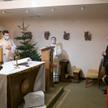 Relikwie uroczyście przyjęli marszałek Sejmu Elżbieta Witek, senator Jerzy Chróścikowski oraz kapela