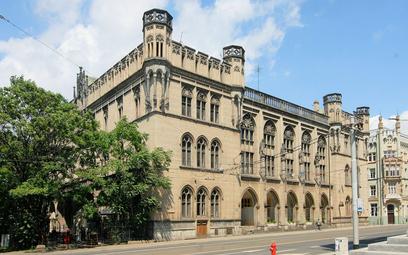 Gmach dawnej Giełdy we Wrocławiu. Zbudowana w XIX wieku nieruchomości zlokalizowana jest przy ul. Kr