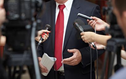 Piotr Kosmaty o zniewadze prasowej: Czy można nazwać polityka idiotą?