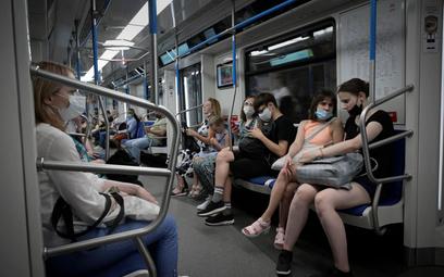 Koronawirus. Rosja: Doba z największą liczbą zgonów chorych na COVID
