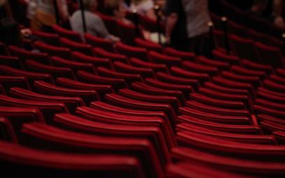Teatry zdobywają nowe przestrzenie do gry