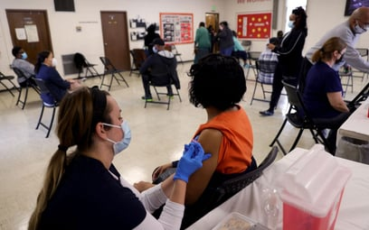 Koronawirus. USA: Co czwarty Amerykanin zaszczepiony na COVID-19