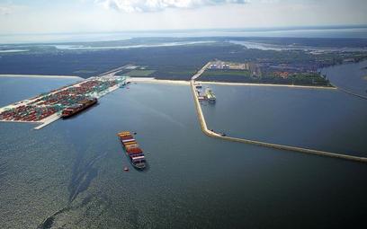 Są pieniądze na potężne inwestycje w porty morskie