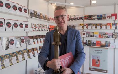 Pisarz i dziennikarz Mariusz Szczygieł podczas spotkania na 11. Warszawskich Targach Książki (WTK)